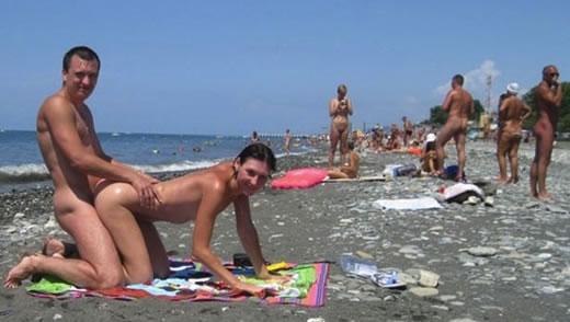 pilladas follando en la playa porno trans gratis